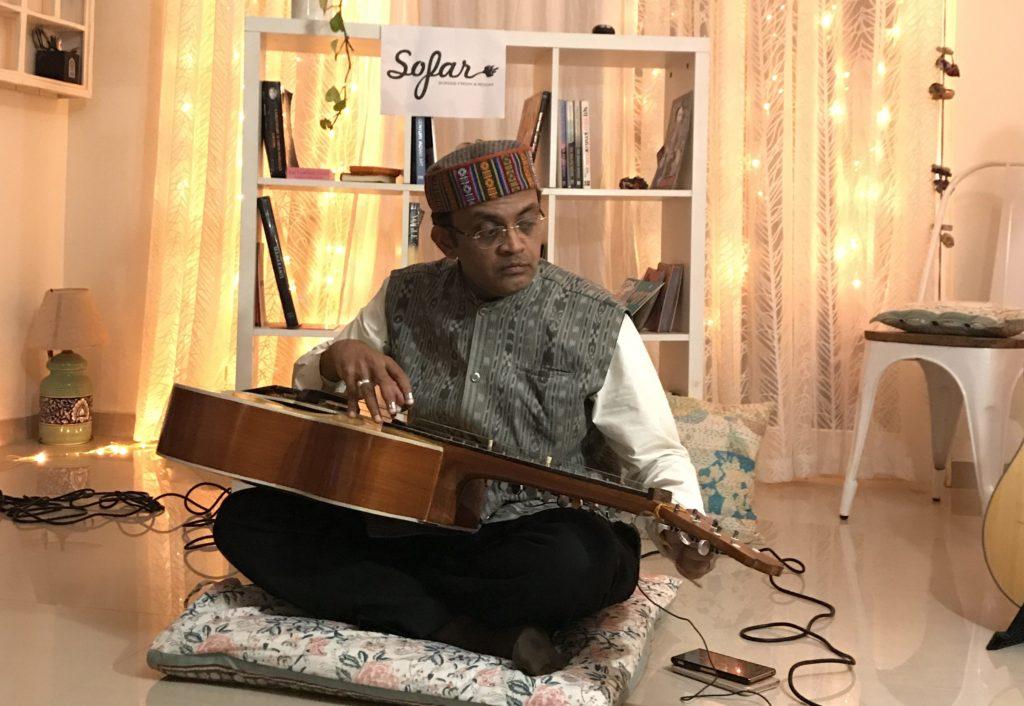 Jaywant Naidu at Sofar Hyderabad with his patented Jaywant guitar