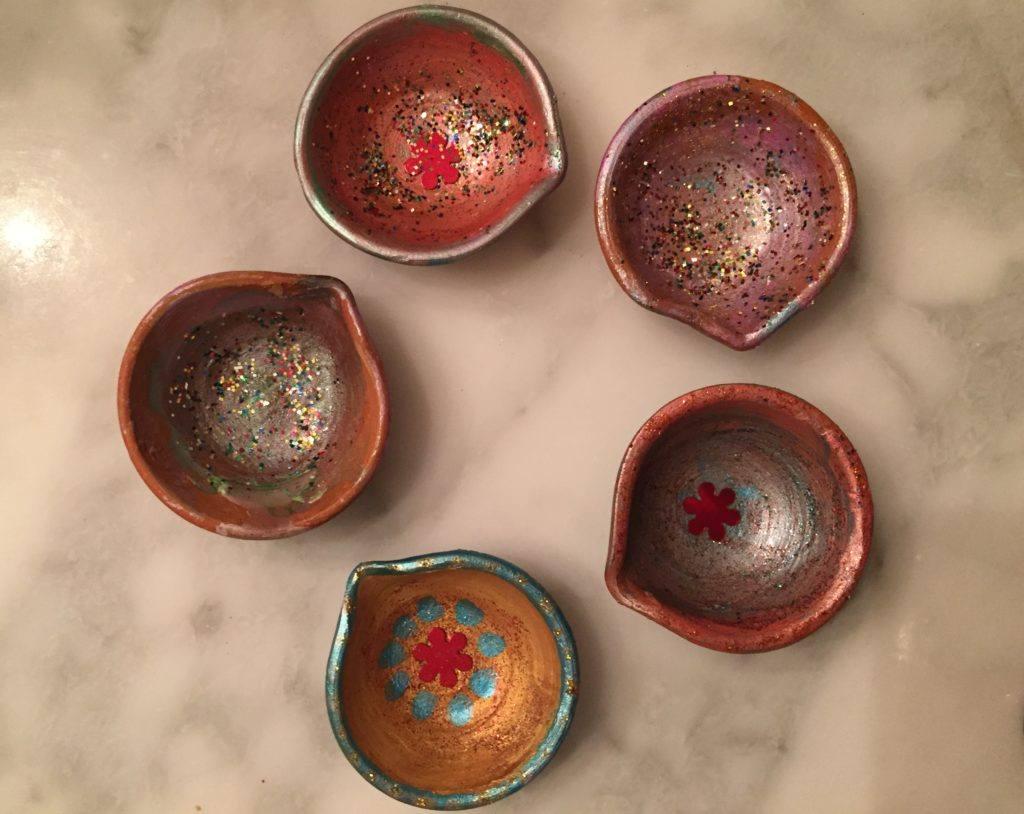 5 pretty diyas, hand painted