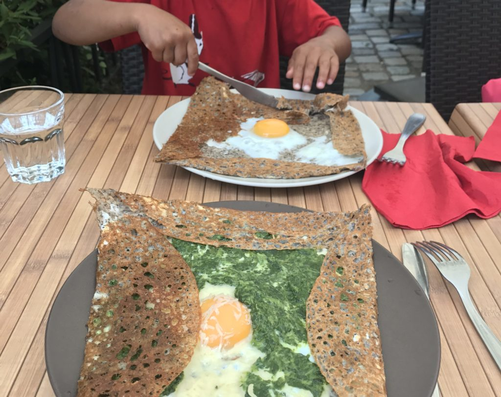 crepes in brittany; galettes bretonnes a bretagne