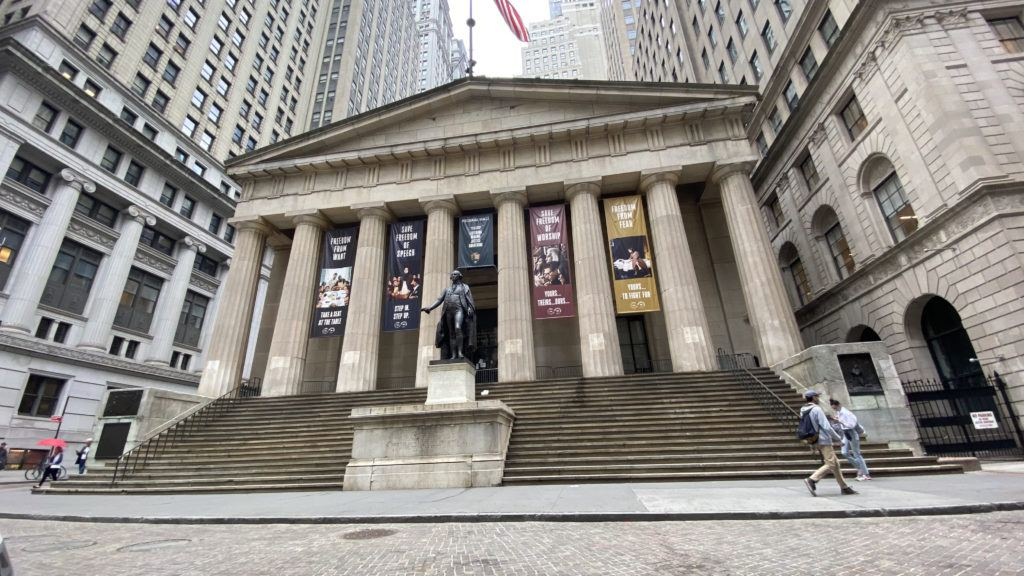 federal hall on an overcast spring morning in 2021