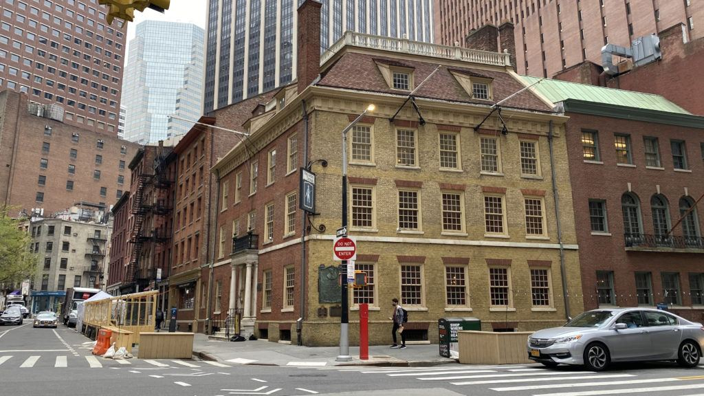 fraunces tavern on an overcast spring day in 2021